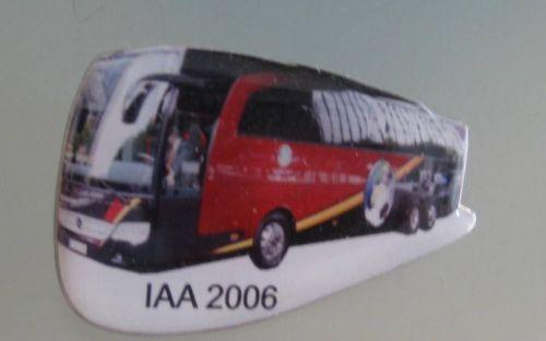 Mercedes Benz Bus zur Fußball WM Pin