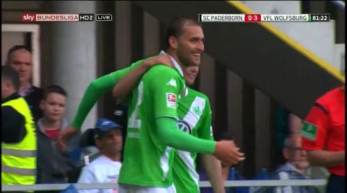 Bas Dost - goal celebration - SCP v VfL