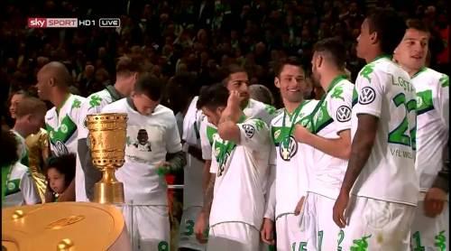 Wolfsburg celebrate 1