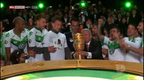 Wolfsburg celebrate 3