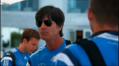Joachim Löw - Ankunft in Faro 1