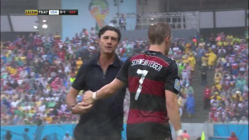 Joachim Löw – USA v Germany 18