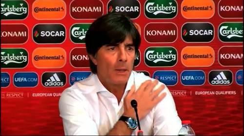 Joachim Löw - Post-match Pressekonferenz - Deutschland v Gibraltar 3