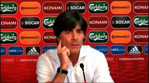 Joachim Löw - Post-match Pressekonferenz - Deutschland v Gibraltar 7