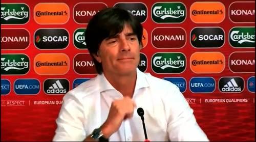 Joachim Löw - Post-match Pressekonferenz - Deutschland v Gibraltar 8