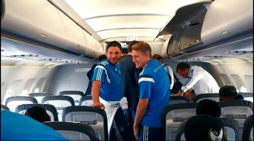 Lukas Podolski & Bastian Schweinstiger - Ankunft in Faro 1