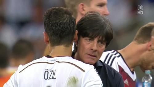 Joachim Löw – Germany v Argentina – extra time 10