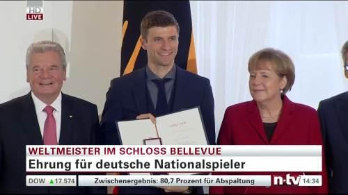 Silbernes Lorbeerblatt Präsentation – Thomas Müller 2