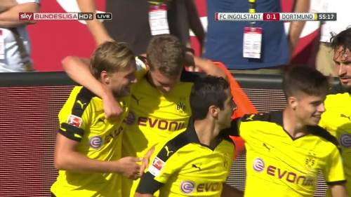 Ginter goal celebrations – Ingolstadt v BVB 10
