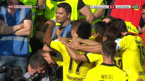 Ginter goal celebrations – Ingolstadt v BVB 5