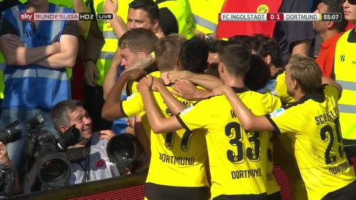 Ginter goal celebrations – Ingolstadt v BVB 7