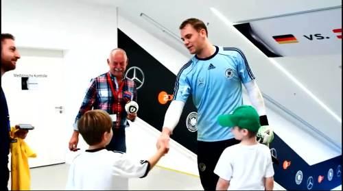 Manuel Neuer 12