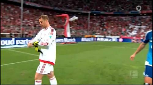 Manuel Neuer – Bayern v HSV 3