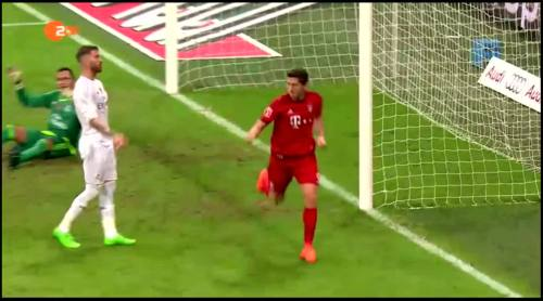 Robert Lewandowski – FCB v Real Madrid 2