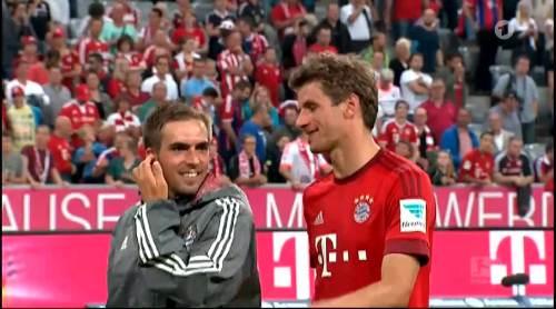 Thomas Müller & Philipp Lahm – Bayern v HSV 3