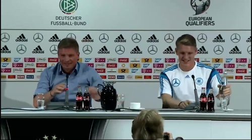 Bastian Schweinsteiger - Pressekonferenz 1