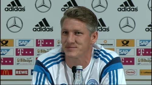 Bastian Schweinsteiger - Pressekonferenz 13