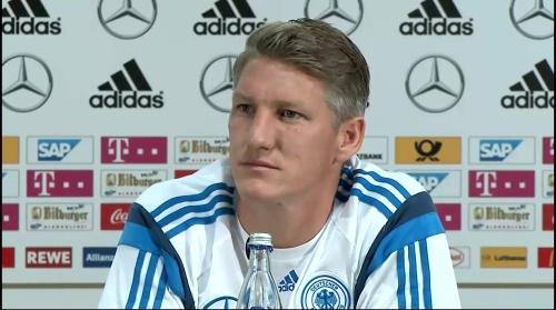 Bastian Schweinsteiger - Pressekonferenz 14
