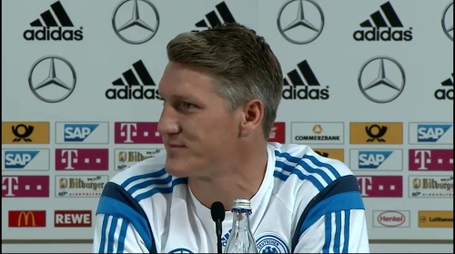Bastian Schweinsteiger - Pressekonferenz 2