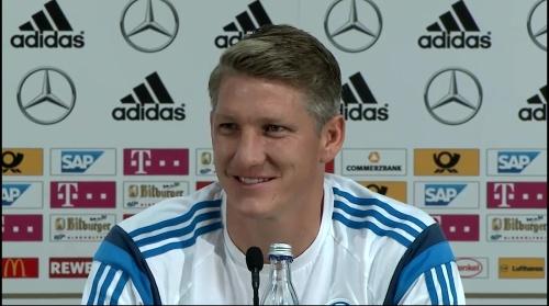Bastian Schweinsteiger - Pressekonferenz 4