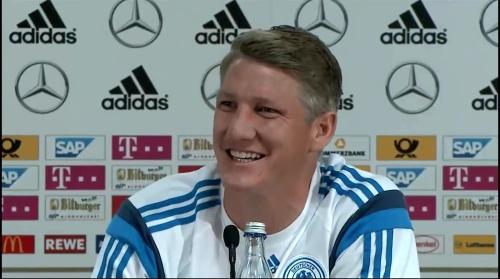 Bastian Schweinsteiger - Pressekonferenz 6