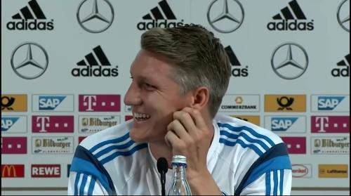 Bastian Schweinsteiger - Pressekonferenz 8