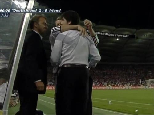 Joachim Löw & Hansi Flick – Deutschland v Irland 16