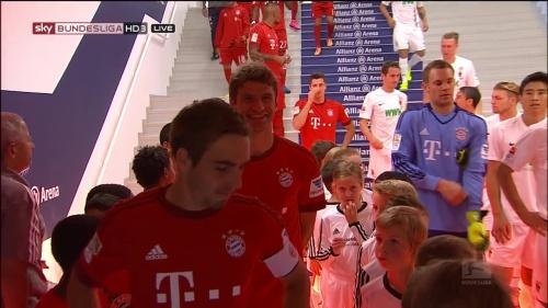 Lahm, Müller & Neuer - Bayern v Augsburg 1