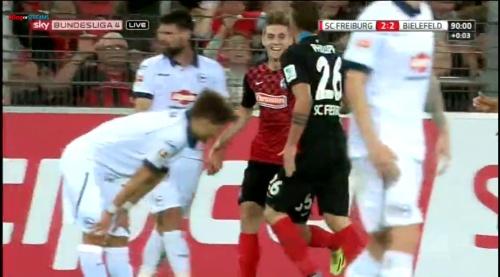 Lukas Hufnagel - SC Freiburg v Arminia Bielefeld 2