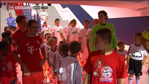 Philipp Lahm & Thomas Müller – Bayern v Augsburg 1