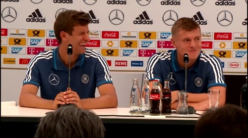 Thomas Müller & Toni Kroos - press conference 3