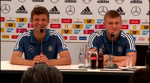 Thomas Müller & Toni Kroos - press conference 4