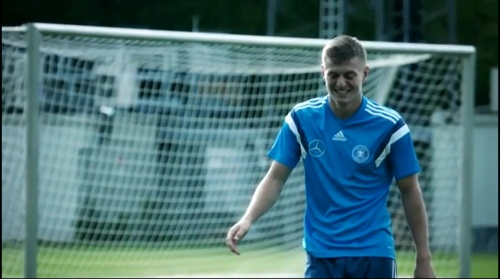 Toni Kroos – training 1