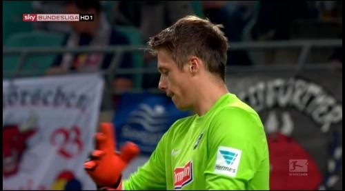 Alexander Schwolow - RB Leipzig v SC Freiburg 3