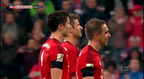 Lahm, Lewandowski & Müller – Bayern v Wolfsburg 11