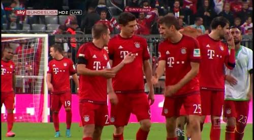 Lahm, Lewandowski & Müller – Bayern v Wolfsburg 6