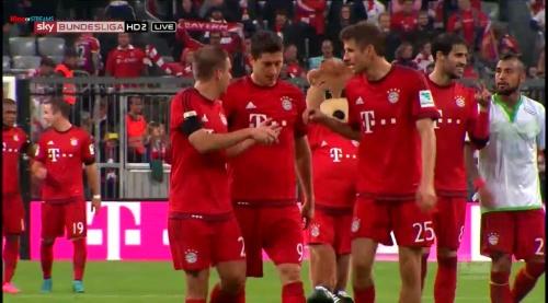 Lahm, Lewandowski & Müller – Bayern v Wolfsburg 7
