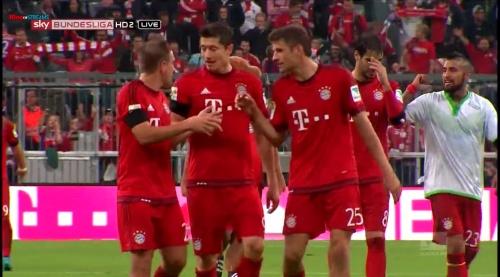 Lahm, Lewandowski & Müller – Bayern v Wolfsburg 8