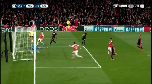 Manuel Neuer - Arsenal v Bayern 26
