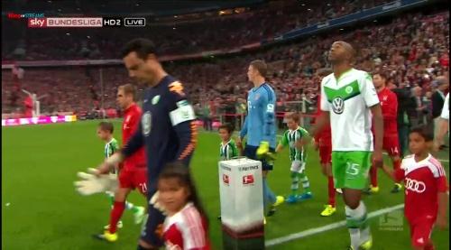 Manuel Neuer – Bayern v Wolfsburg 1