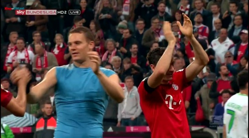 Manuel Neuer – Bayern v Wolfsburg 11