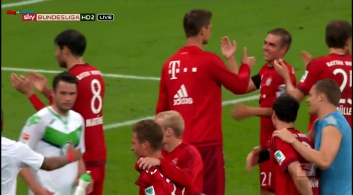 Manuel Neuer – Bayern v Wolfsburg 5