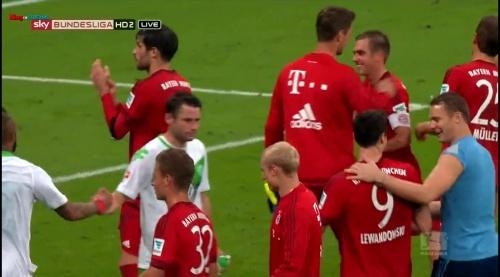 Manuel Neuer – Bayern v Wolfsburg 6