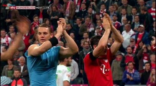 Manuel Neuer – Bayern v Wolfsburg 9