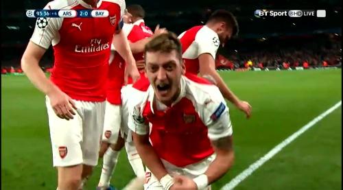 Mesut Özil & Per Mertesacker – Arsenal v Bayern 3