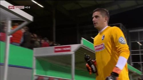 Patric Klandt - SC Freiburg v FCA - DFB Pokal 2015-16 4