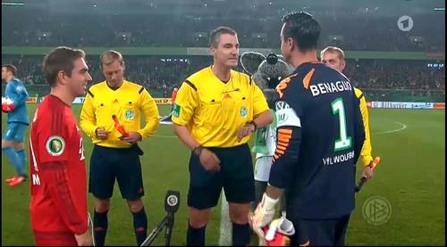 Philipp Lahm – Wolfsburg v Bayern (DFB Pokal 15-16) 4