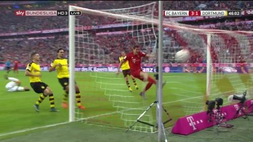 Robert Lewandowski – 1st goal – Bayern v Dortmund 11