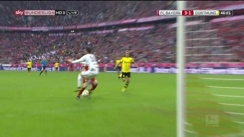 Robert Lewandowski – 1st goal – Bayern v Dortmund 9