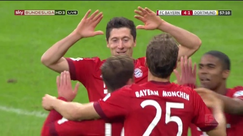 Robert Lewandowski – 2nd goal celebrations – Bayern v Dortmund 1